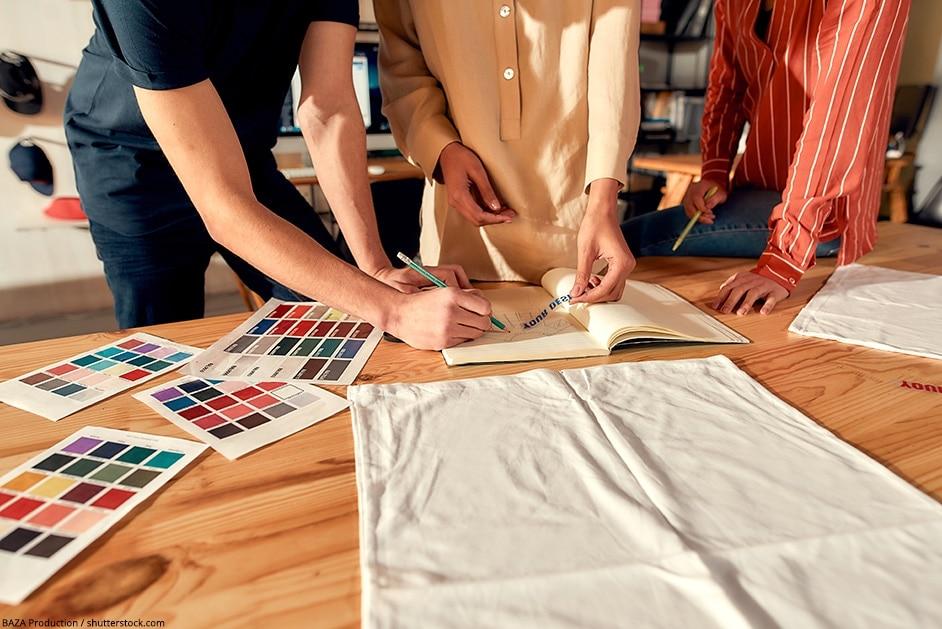 acrylic paint on fabric without medium