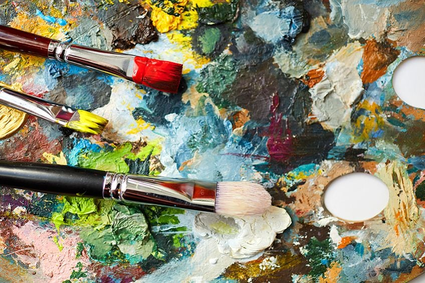 How to Clean Oil Paint Off Brushes