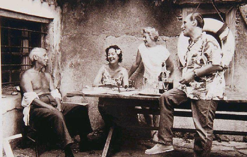 Photo of Famous Surrealist Artists