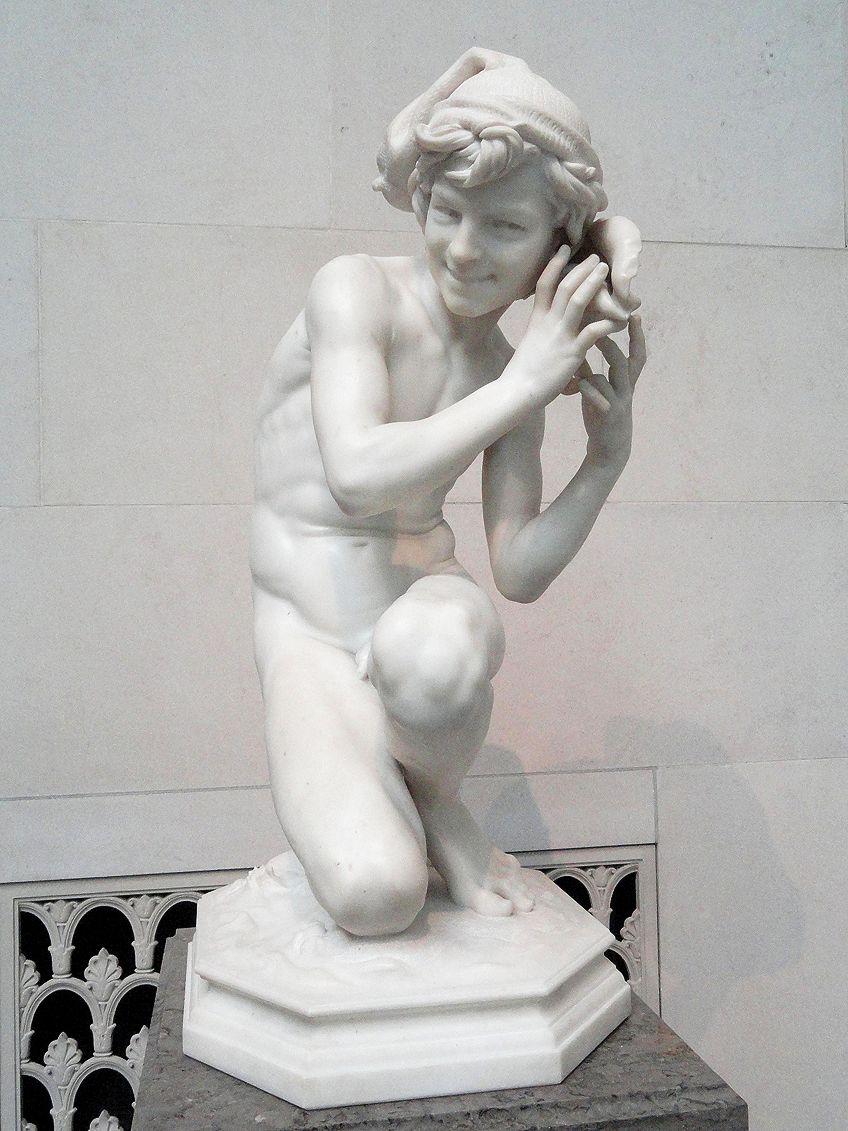 Characteristics of Neoclassical Statues